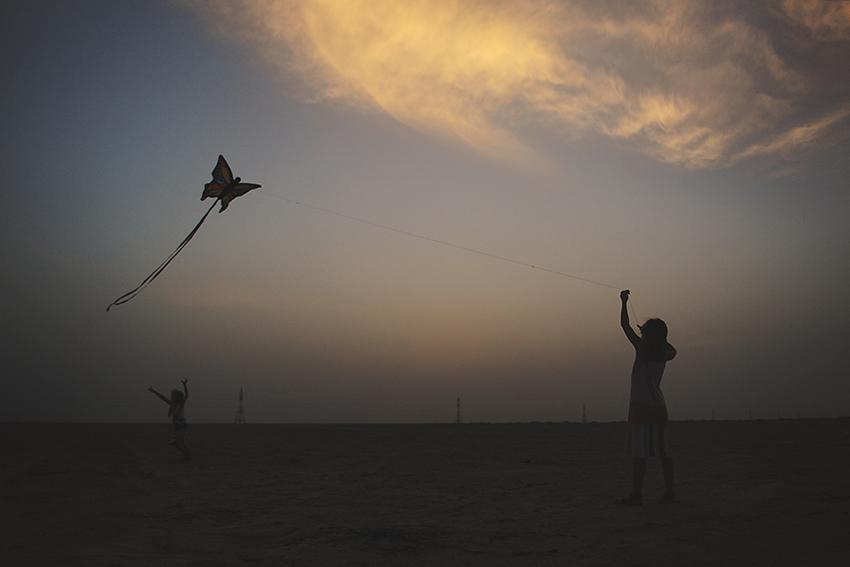 WYWH_Kirsty-Larmour_Week-19-sunset-kite-western-region-uae
