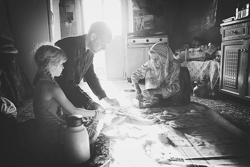 WYWH-Kirsty-Larmour-Week-44-breakfast-in-a-cave-Persia