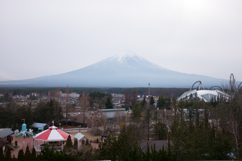 debschwedhelm-fuji-Q-highland-japan