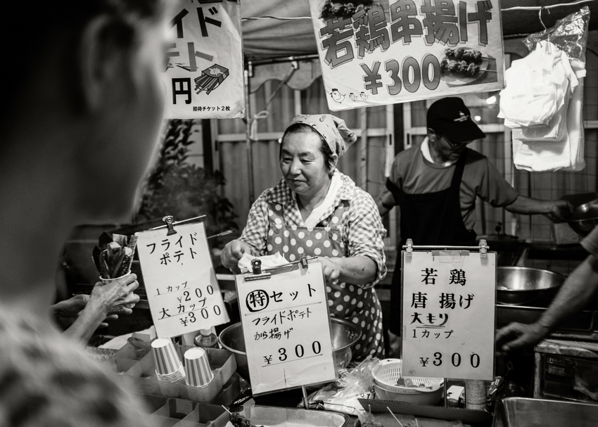 Deb-Schwedhelm-buying-frieds-Zushi-Japan