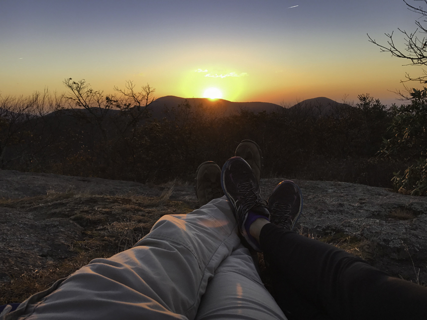 42beckyventeicher_sunrise-hike-to-the-summit-virginia