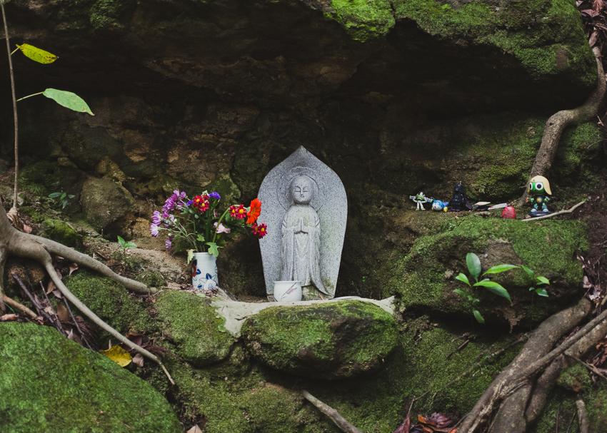 deb-schwedhelm_kamakura-hike_japan