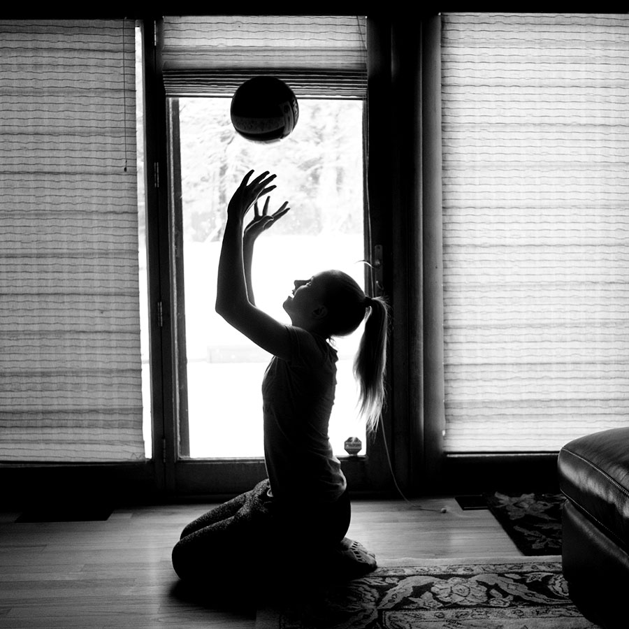 WYWH_Wk3_2017_KarenPorter_Vollleyball_Practice_at_Home_NY